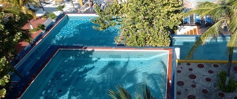 Alberca exterior Hotel Faranda Maya Caribe Cancún