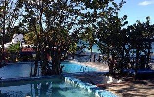 Piscina Hotel Maya Caribe Beach House